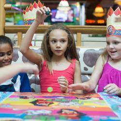 Spur - Kid-friendly family restaurant with kids meals, kids play area and party venue.