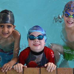 how to teach swim lessons to a 7 year old