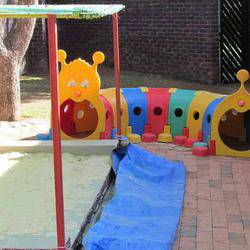 Toddlers Inn Creche - We are a small registered Creche in Fourways, 44 years in operation - specializing in babies, small numbers. CPR  trained