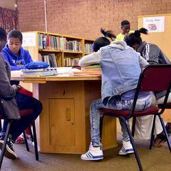 Tshiawelo Library - Public Library in Tshiawelo offering lending and reference services, Holiday programmes, Information literacy, Story hours,  Reading Development Programmes and science shuffle.
