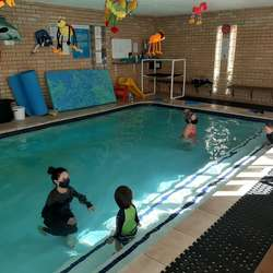 Aquatic Zone and Aquatots Norwood - Teach Babies to swim 6- 36mths – parent to tot group approach, beginner and adult swimming lessons