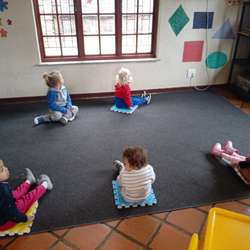 Kid Vantage Academy - Creche, nursery school and daycare including aftercare, free transport and extra murals