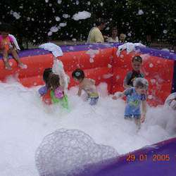 X-treme Foam Parties - X-treme foam parties specialise in childrens, teens foam parties. We have a very experienced crew with 9 years experience . Big or small we do it all