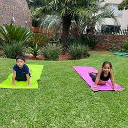 Yogarooz Kids Yoga - Yoga classes for kids. Develops strength and flexibility, helps manage anxiety, improves emotional well-being, boosts self-love and self-esteem