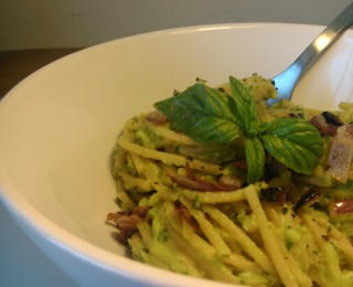 Avo-basil whole-wheat pasta recipe