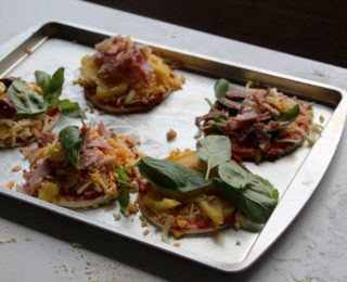 Lunchbox ideas: Mini pizzas